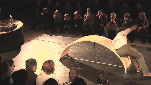 【设计互联】法国新马戏-H.M.G剧团《3D》_腾讯视频