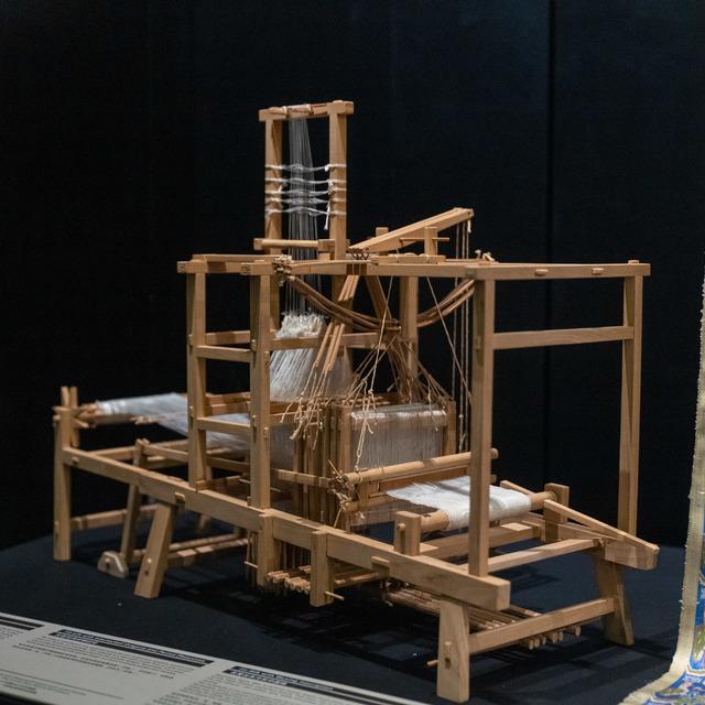 小花楼织机模型